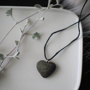 Sydän kaulakoru